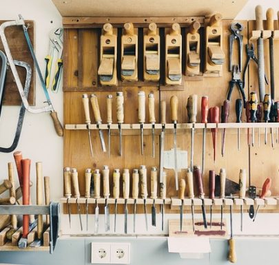 How to Organize a Garage on a Tight Budget