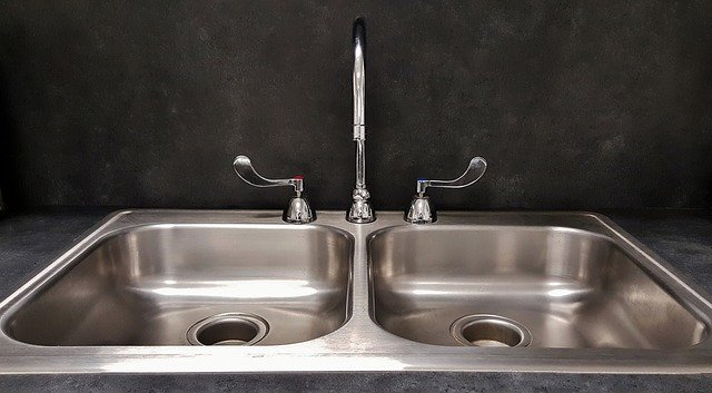 How to Prevent Water Spots on Stainless Steel Sink – How do you remove stains from a stainless steel sink?